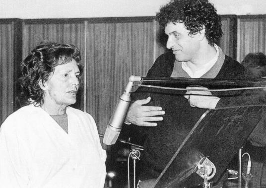 Carlos Cano y Amalia Rodrigues   carloscano.es