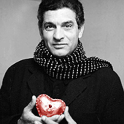 Carlos Cano con el corazón en la mano | carloscano.es