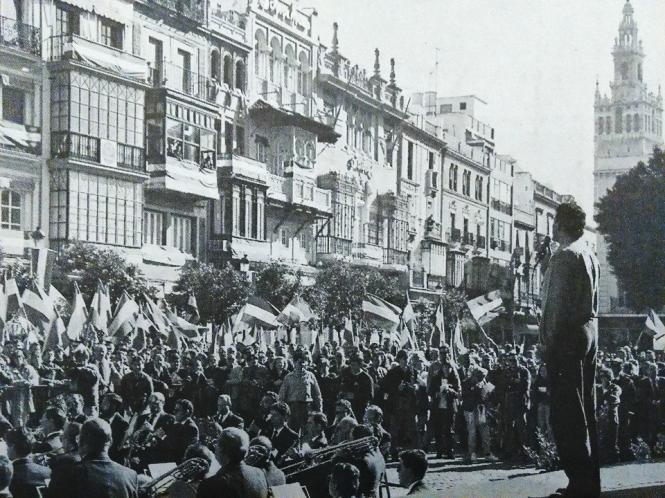 Carlos Cano durante el 4 de diciembre de 1993 | carloscano.es