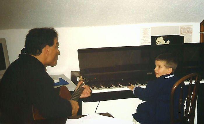 Pablo Cano y Carlos Cano en su casa de Espartinas